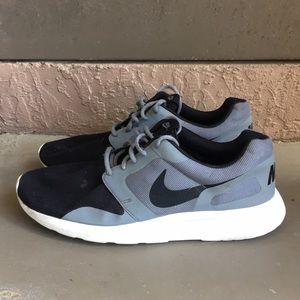 Men Nike Kaishi running shoes size 13